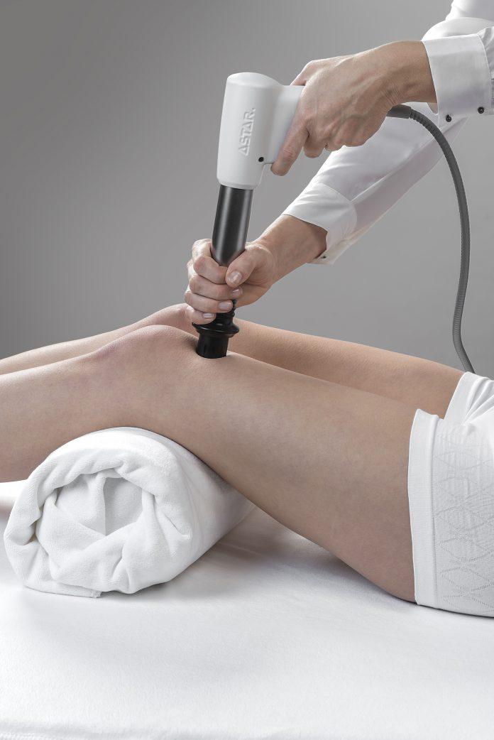 Zabieg fala uderzeniową - kolano skoczka