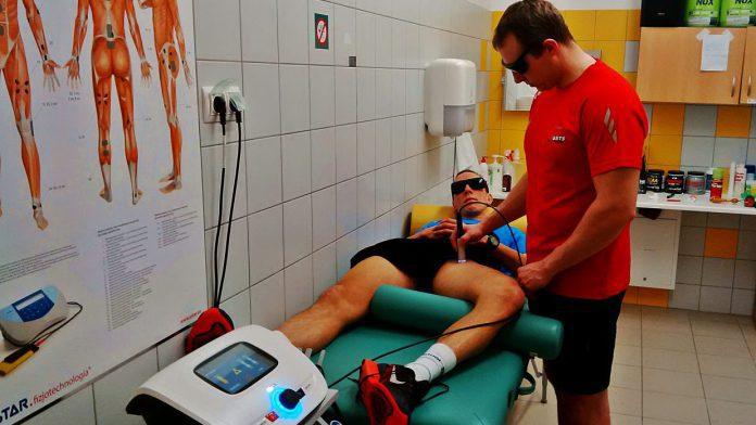 entezopatia przyczepu wspólnego przywodziciela długiego i mięśnia