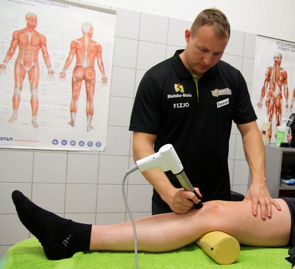 Fala uderzeniowa kolano skoczka leczenie