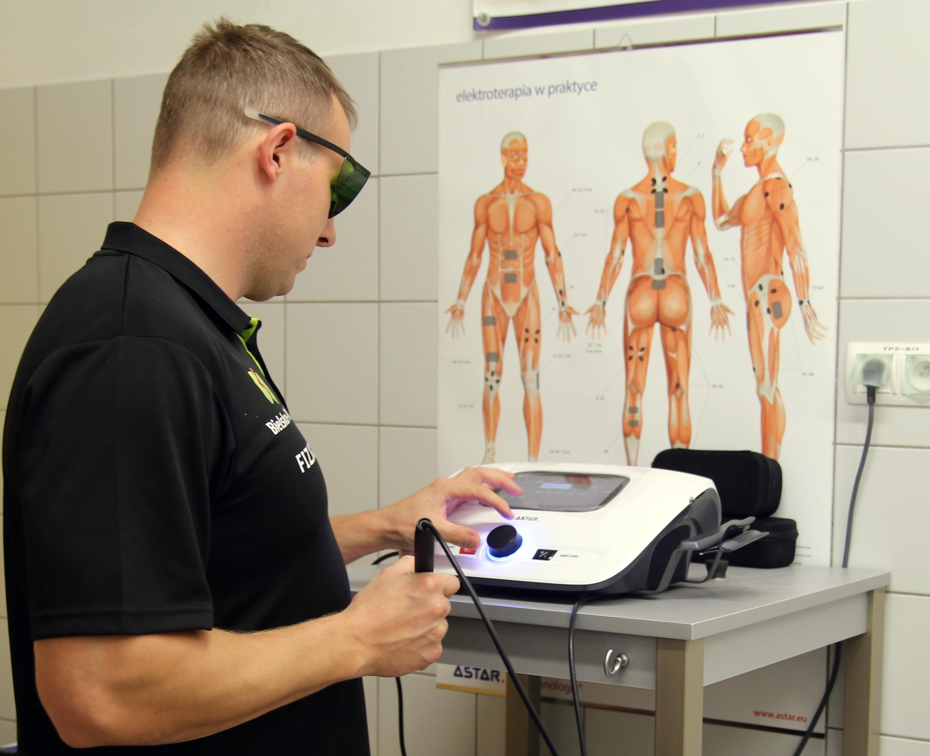uraz stawu skokowego - laseroterapia wysokoenergetyczna